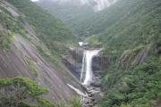 千尋の滝(せんぴろのたき)