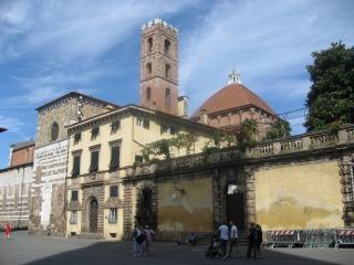 サンティ・ジョヴァンニ・エ・レパラータ教会